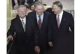 The former mayor of Laval, Gilles Vaillancourt with Jean Charest (center) and former Montreal Mayor Gerald Tremblay: a bunch of politicos linked to organized crime, a system that remains.