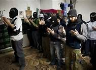 In Damas,the Free Syrian Army fighters pray Allah just before  the fights.