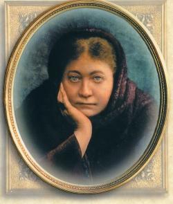 Helena Petrovna Blavatsky,la grande voyante  ,précurseure de Maria Orsic et de la soiciété du Vril .
