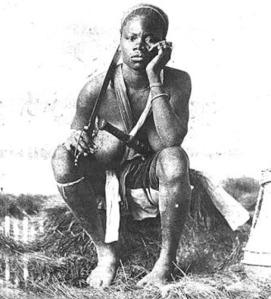 Rare photo d'une amazone du Dahomey.