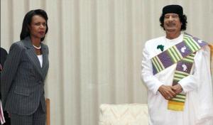 Le Grand Guide  du Peuple Lybien était littéralement tombé amoureux de Condoleeza Rice .Celle-ci ,vous vous en doutez s'en était bien servi .