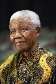 Nelson Mandela vieillissant .