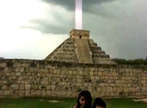 Pyramides 001