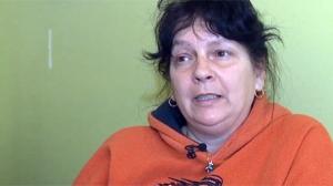 Lyne Verreault peine à joindre les deux bouts et est inquiète quant à l'augmentation de sa facture d'électricité (Capture d'écran TVA Nouvelles)