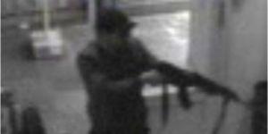 Capture d'écran de la vidéo de surveillance, diffusée par la police belge, de l'auteur de la tuerie au Musée juif de Belgique, le 24 mai à Bruxelles. | AP