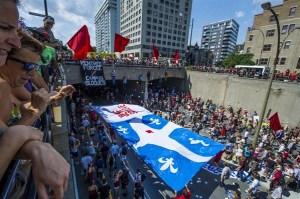Le 22 juillet 2012,une foule gigantesque envahit les rues de Montréal,manifestant son vœu profond de vastes changements politiques et sociaux.Il est impensable que toutes ces personnes bien informées décident  le 7 avril 2014 de réélire Philippe Couillard et la mafia  du Parti libéral du Québec comme si on venait de renoncer à tous nos idéaux.