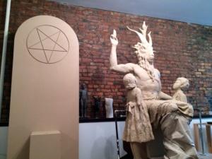 Monument satanique 005