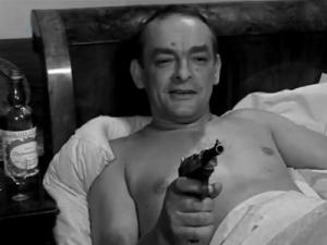 Il joua le rôle du Sturmbanführer Dehne dans le film polonais Stawka ,en 1966.Un rôle qui lui allait comme un gant car il vécut  cette période.