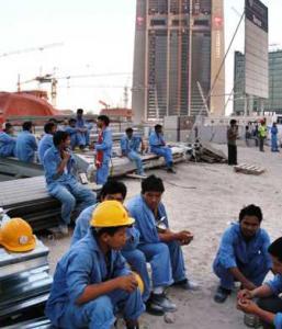 Des ouvriers en grève à Dubaï,en 2011.