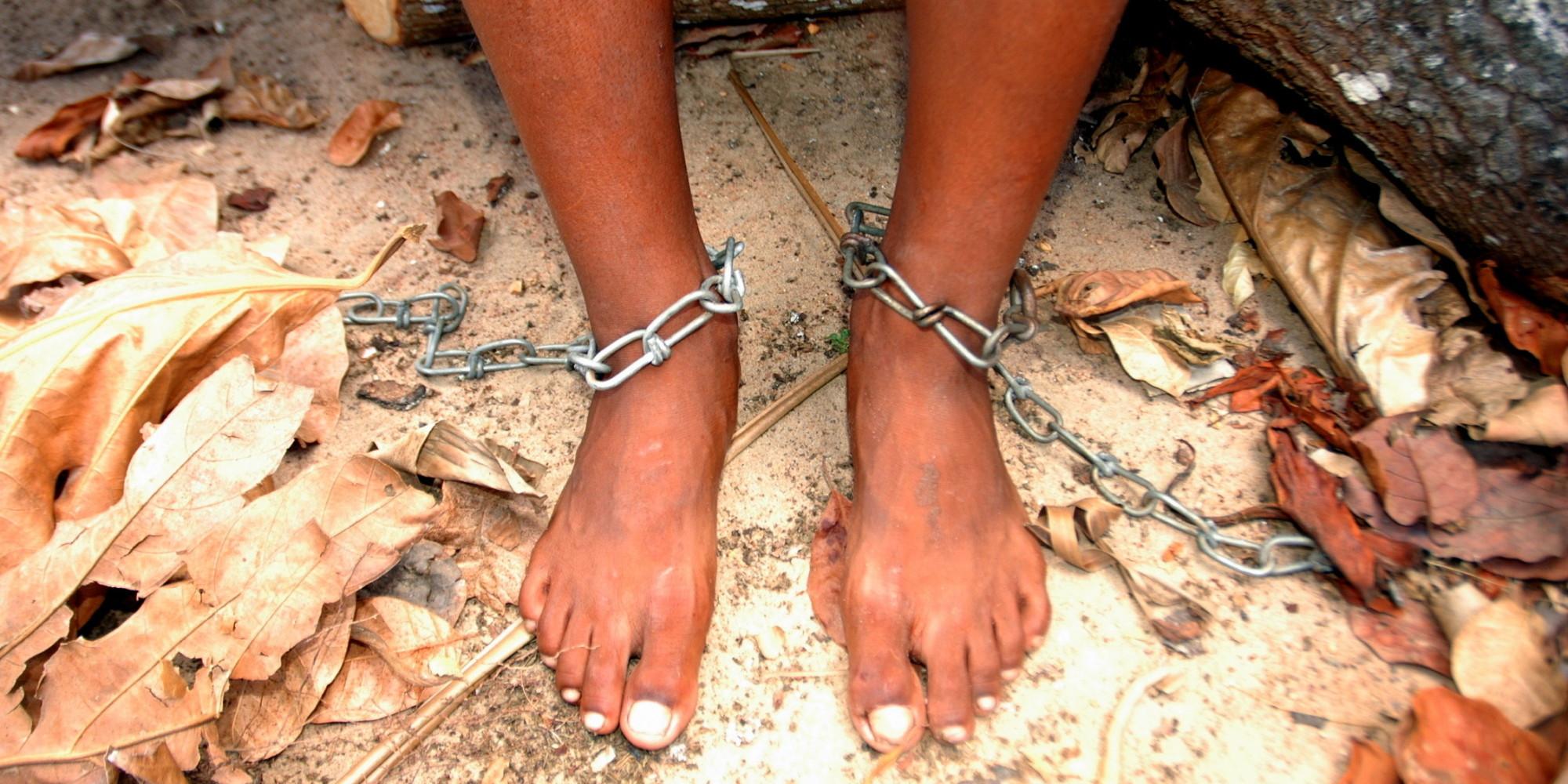 Télécharger l'esclave sexuel forcé