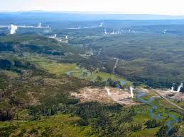 Si le super volcan Yellowstone entrait en éruption, il serait 2000 fois plus grand que l`éruption du Mont St-Helens au début des années 80