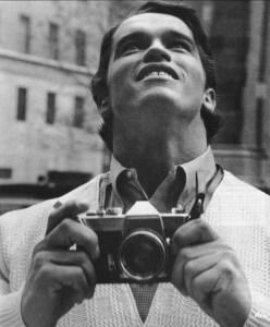 Arnold Schwarzenegger regardant New York pour la première fois en 1968.