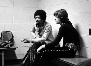 Jimmy Hendrix et Mick Jagger en 1969.