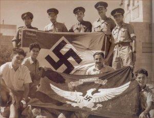 Des liens étroits s'établirent avec les islamistes palestiniens:ce qui influençea le drapeau palestinien,en 1940.