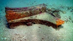 En Novembre 2013, l'une des découvertes sous-marines les plus incroyables a été trouvé au large des côtes de la Sicile. Les restes de béliers, casques, armures et des armes ont été récupérées à partir du fond de la mer, croyant remontent à une bataille navale qui a eu lieu plus de 2.000 ans plus tôt. Les objets sont pensés pour être de la bataille des îles Egades, qui a eu lieu en 241 av. Il faisait partie de la guerre punique, entre les Romains et les Carthaginois, qui a duré 20 ans et a été le début de la  grande domination romaine. On croyait que les 50 navires carthaginois ont été coulés dans les combats et  sont restés au fond de l'océan depuis plus de 2000 ans!