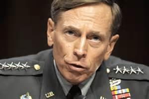 Le général Petreaus était responsable de la CIA à ce moment-là! Étrange destinée...Non?