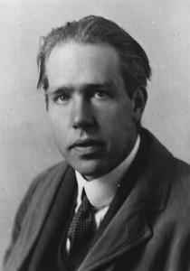 Niels Bohr...il changera de camps avec adresse ,au milieu du conflit.