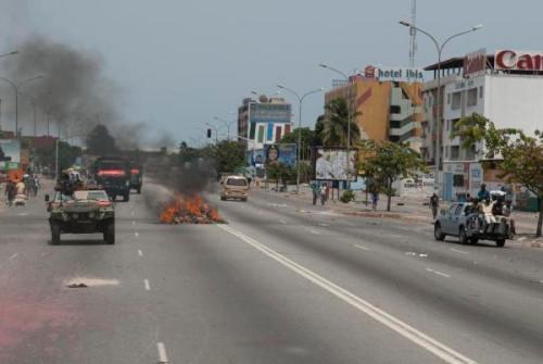 Affrontements dans Abidjan