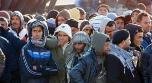 De nombreux clandestins parmi le flux des réfugiés et parmi eux:des criminels et des djihadistes qui vont se transformer en scellules dormantes dans nos villes.
