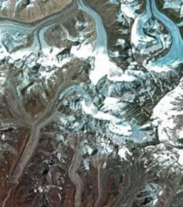 La fonte des glaciers au sommet de l'Himalaya va incommodée des centaines de millions de victimes potentielles en Chine...car l'eau va manquer.