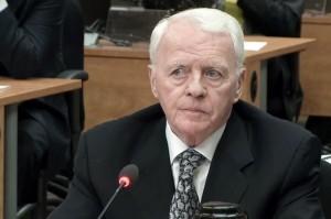 L'ancien organisateur d'élections libérales,Gilles Cloutier nous aura prouvé qu'on peut très facilement acheter une élection au Québec.