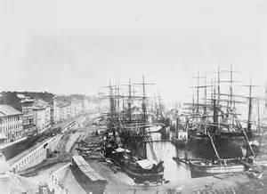 Le port de Montréal en 1874.