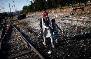 Europol a confirmé que plus de 10.000 enfants migrants non accompagnés ont disparu en Europe sur les 18 à 24 derniers mois. L'agence policière craint que nombre d'entre eux soient exploités, notamment sexuellement, par le crime organisé.