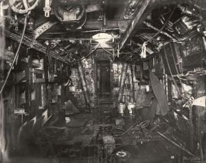 salle des torpilles vers l'arrière
