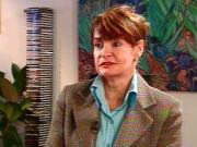 Une ancienne attachée politique ,Diane bougie,affirmaffirmait en 2006  qu'elle a recueilli des fonds partisans pendant qu'elle travaillait au Cabinet du ministre de la Santé  de l'époque,Philippe Couillard,sans avoir obtenu les autorisations requises par la loi électorale.