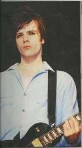 En février 1995, le guitariste des Manic Street Preachers, un groupe de punk gallois, disparut. Il aurait été vu pour la dernière fois sortant d'un hôtel londonien. Deux semaines plus tard, son véhicule fut découvert dans le stationnement d'une station-service. Après 13 ans sans que l'homme donne signe de vie, ses parents le déclarèrent mort, mais sa disparition demeure encore aujourd'hui inexpliquée. Évidemment, ses fans estiment qu'il est encore en vie.
