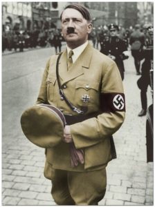 Une belle photo du Fûhrer Adolph Hitler* A nice picture of the Führer Adolph Hitler.