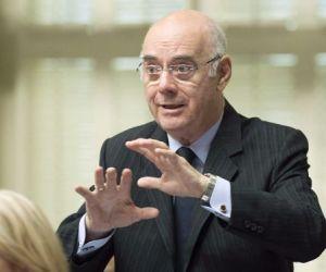 Jacques Daoust,l'ancien banquier ami de l'espion canado-soudien Philippe Couillard vient de lâcher prise à la politique corrompue libérale.