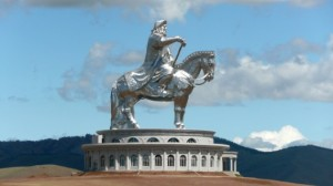 Un monument à la mémoire du grand Genghis Khan.