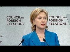 En plus que de servir les Illuminati,elle sert aussi le CFR (Council of Foreign Relations) et elle est le choix du Groupe de Bilderberg. Hillary Clinton est l'ennemie No 1 du Peuple Américain.