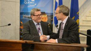 Martin Coîteux s'est assuré  de l'appui des petits  tyrans corrompus que sont les maires des grandes villes. Ici on le voit avec Régis Labeaume .