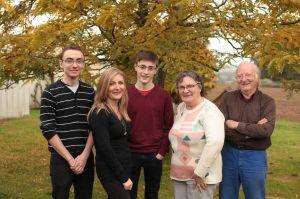 La famille Trump : Robert et Solange, leur fille Katia et Dylan et Alexis, leurs petits-fils